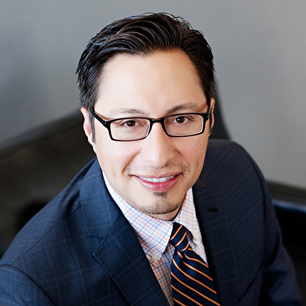 Dr. Daniel Garza